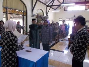 Pengambilan sumpah jabatan direktur AKS Ibu Kartini periode 2012-2016