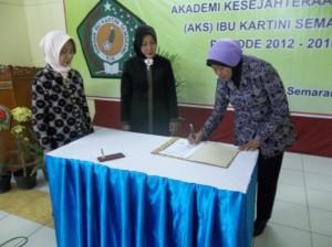 serah terima jabatan direktur AKS Ibu Kartini periode 2012 - 2016